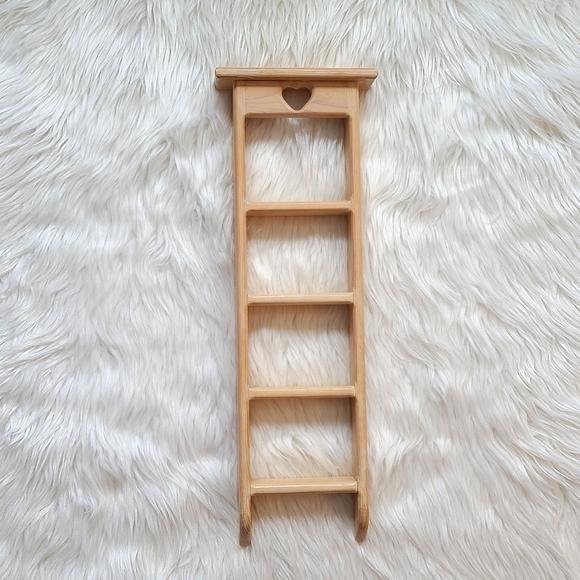 Heart Knickknack Shelf